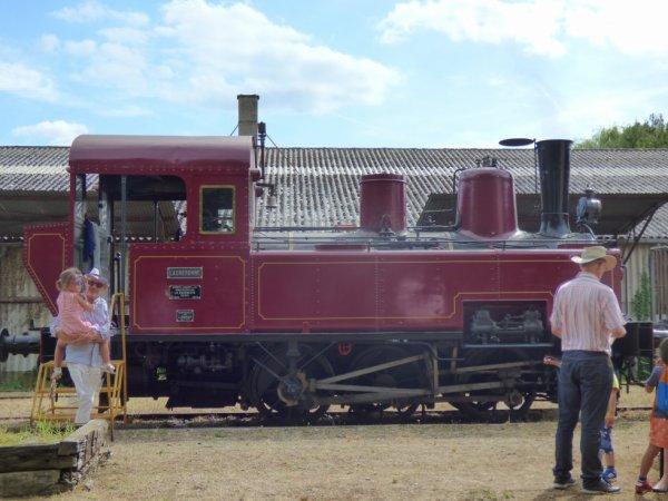 Locomotive 030T de la Transvap en gare de Bonnétable en 2019