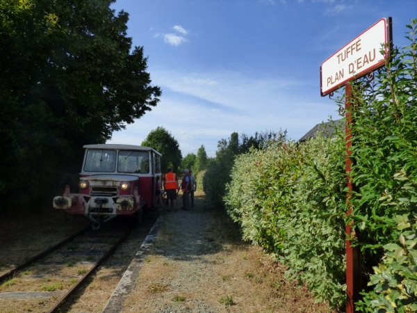 Draisine de secours en gare de Tuffé Plan d'Eau
