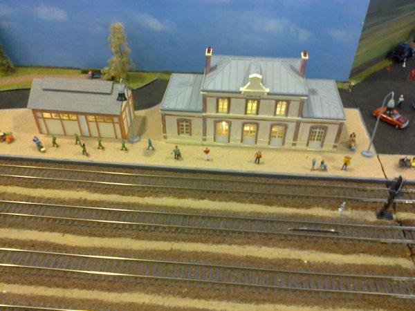 Exposition de trains miniatures à Villers-sur-Mer 2018 - Reconstitution de la gare de Dives Cabourg