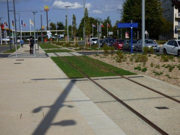 Voie de tiroir à la nouvelle station terminus Hérouville Saint-Clair