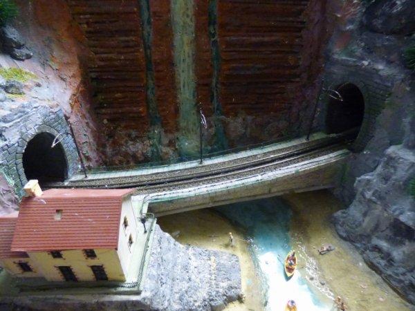 Tronçon de la voie à crémaillère du réseau H0 du Rail Miniature Caennais