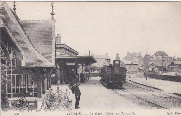 Gare de Lisieux - voies vers Trouville en carte postale