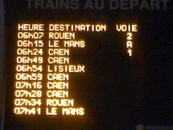 Affichage des départs en gare de Mézidon le 11 février 2015