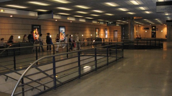Rouen - Hall de la station de métro Gare Rue Verte