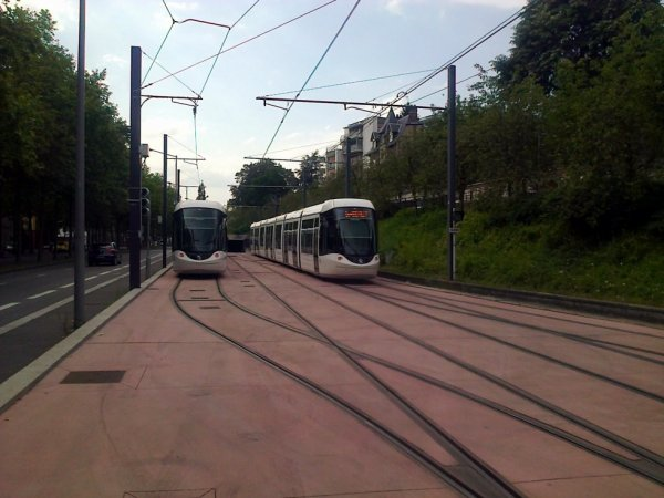 Nouveaux aiguillages et nouvelles rames au terminus Boulingrin du métro de Rouen