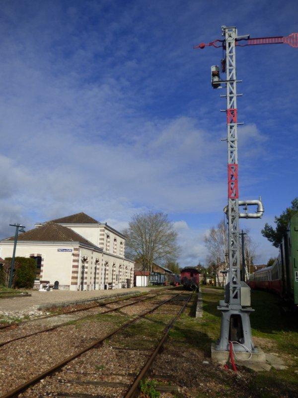 Signal Lartigue remis en fonctionnement à la gare de Pacy sur Eure