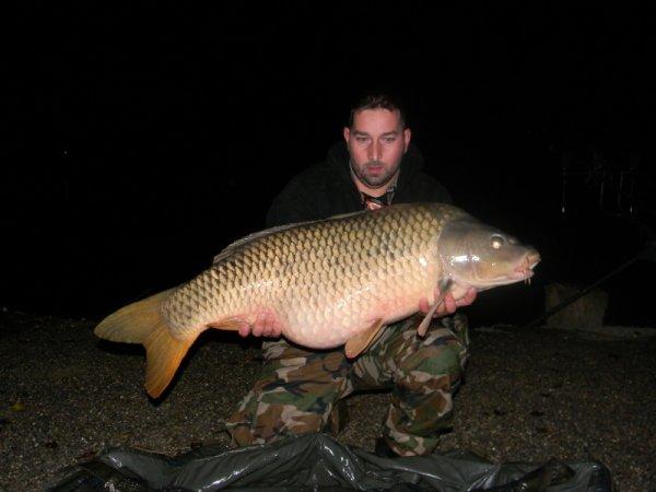 voila les poissons de plus de 20 kg a mequinenza