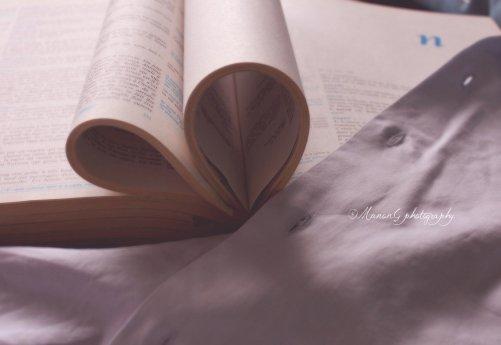 """""""L'amour de nos jour n'a plus de poésie ..."""""""