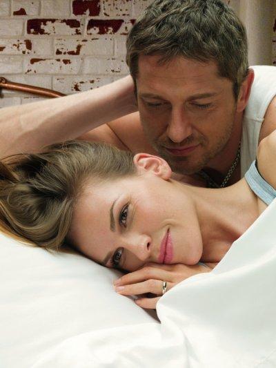 «Ni le temps ni la distance n'avait tempéré son amour. Mais un amour qui vous fait souffrir à en crever est-il vraiment un amour?»