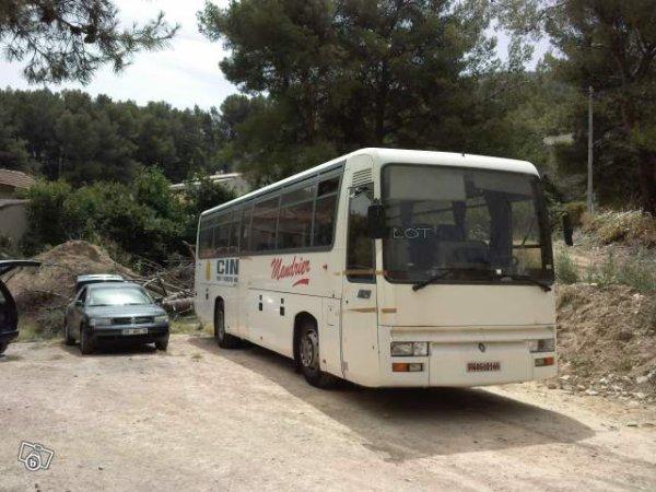 amenagement d un bus en camping car xxl magicbus fr1. Black Bedroom Furniture Sets. Home Design Ideas
