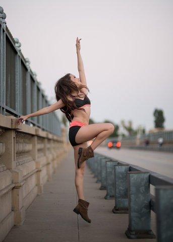 Astuces et conseils : exprimer ses émotions à travers la danse