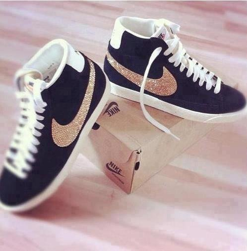chaussure nike swag