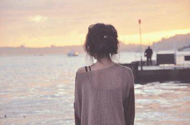 Moi j'ai besoin de toi , et toi tu as besoin d'elle ...
