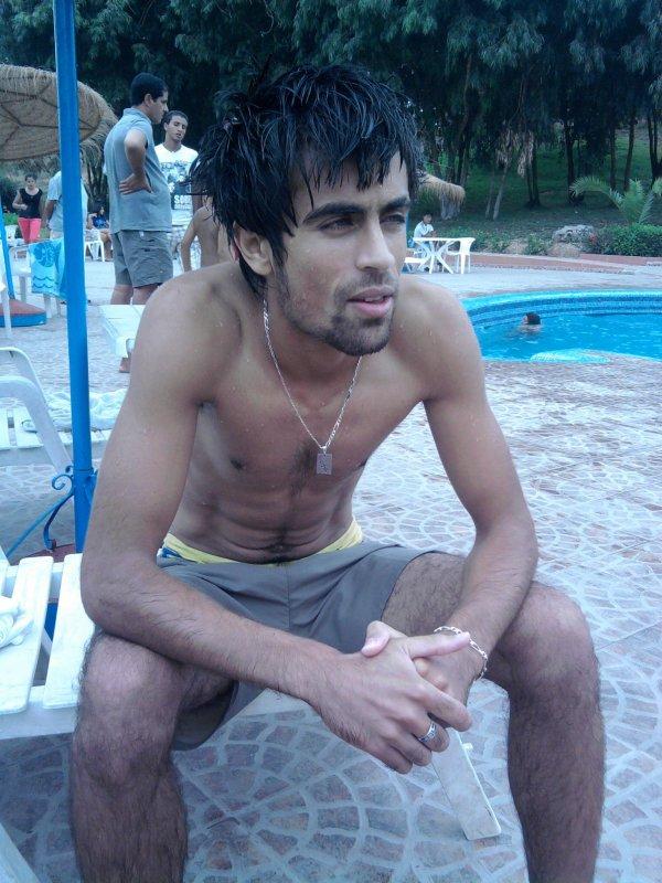 SUMMER 2010 MOn FaCeBoOK iSsaM issaM d'aaif