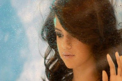 selly gomez <3