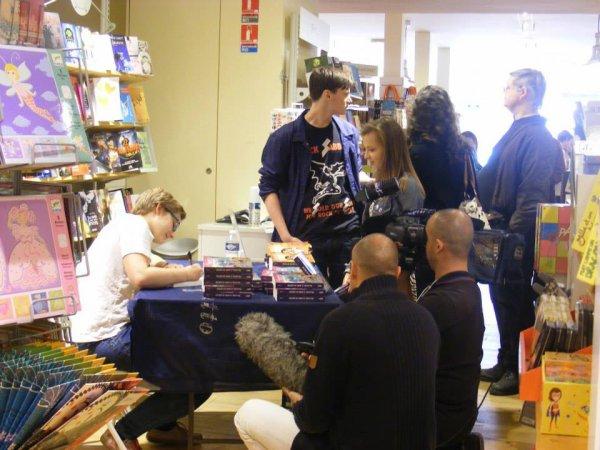 Dédicace au Bateau-Livre et tournage pour TF1