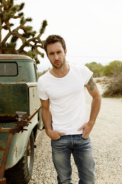 Alex O'Loughlin ♥♥