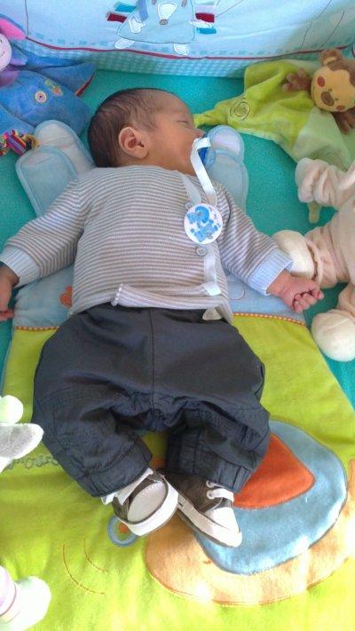 notre  fils il et née le 11avril 2011  a 1h50 du matin
