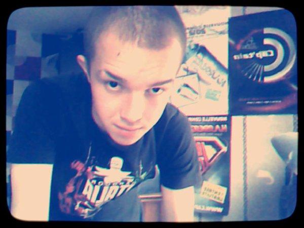je suis moi et je t'emmerde ;)