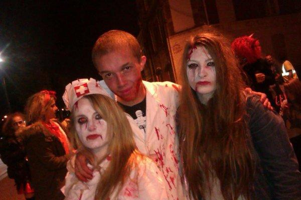 Zombie <3 Halloween 2013