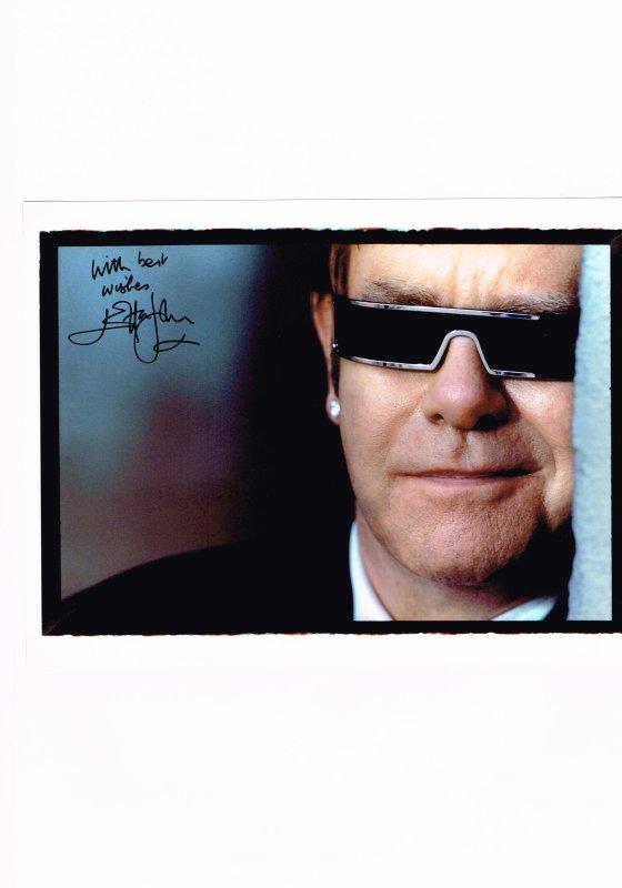 62. Elton JOHN