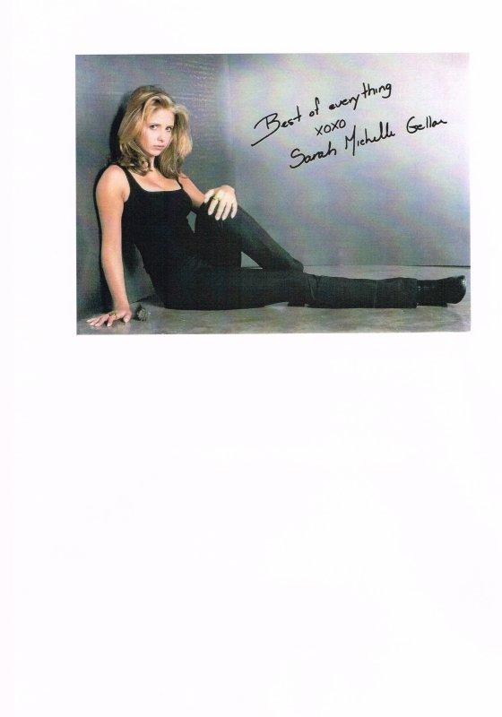 211. Sarah Michelle GELLAR