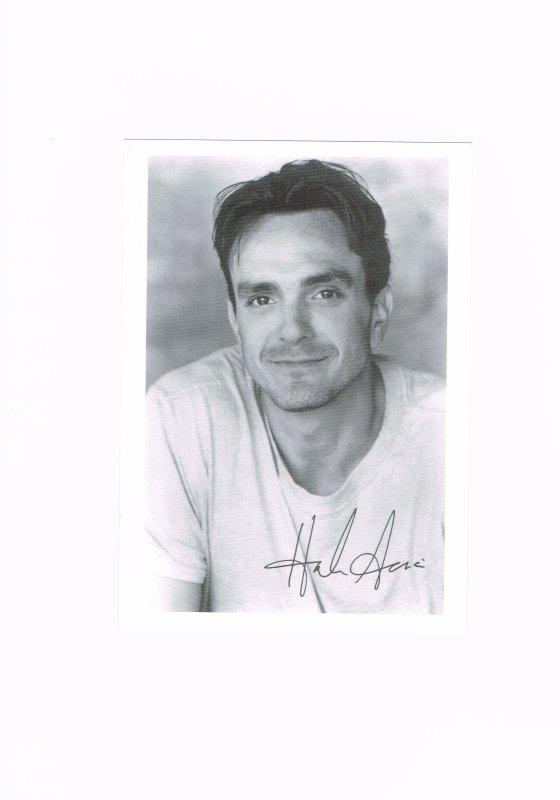 293. Hank AZARIA