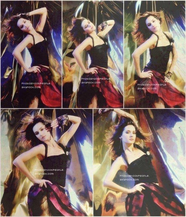 .  Sedef Avci posant pour un Magazine Turc .