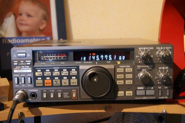 nouveaux poste kenwood ts 711E VHF tout mode