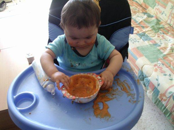 moi que j'ai que 9 moi et je veu manger tout seul kom un gren il était bon mon couscous mdr