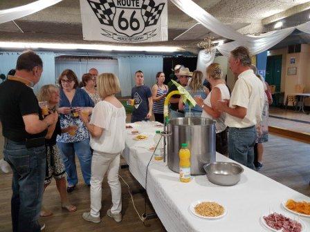 """Repas et bal CD de fin d'année de """"Route 66"""" à Jeumont 24 juin 2017 : photos.3"""