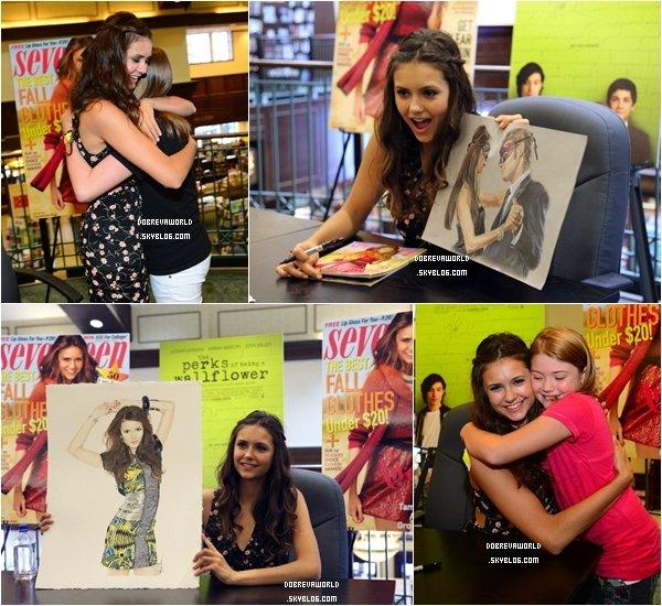 15/09/12 - Seventeen Magazine orginisait une séance d'autographes en compagnie de Nina à Atlanta.