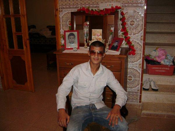 je ne suis pas un roi de bauté mé un algerien de haute qualité