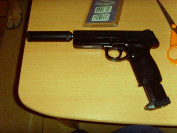 mon ancien pistoler-automatique