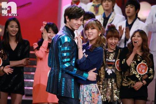 Sung Jae (BtoB) et So Hyun (4minute) dansent sur « Troublemaker »
