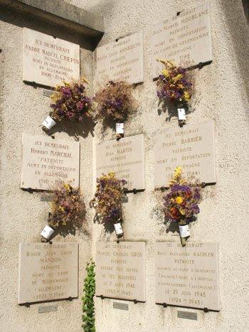 « Square des victimes de la Gestapo »,