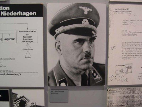 g]Bergen-Belsen