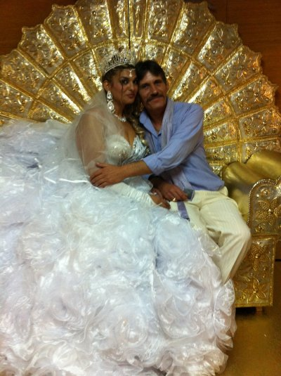 la novia y su suegro