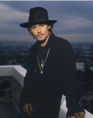 Un petit sky pour le best acteur: Johnny Depp!