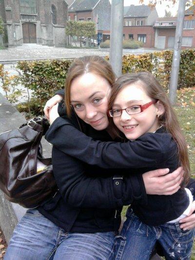 ma cousine hyac et ma soeur louane