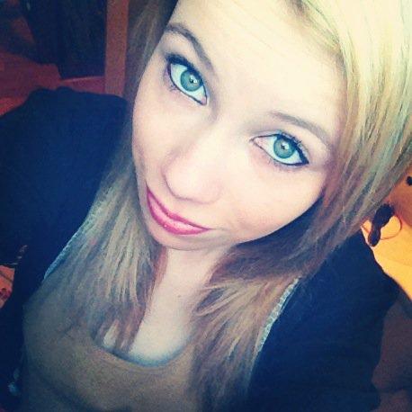 #. Ne pleure pas parceque c'est fini ; souri parceque c'est arrivé .