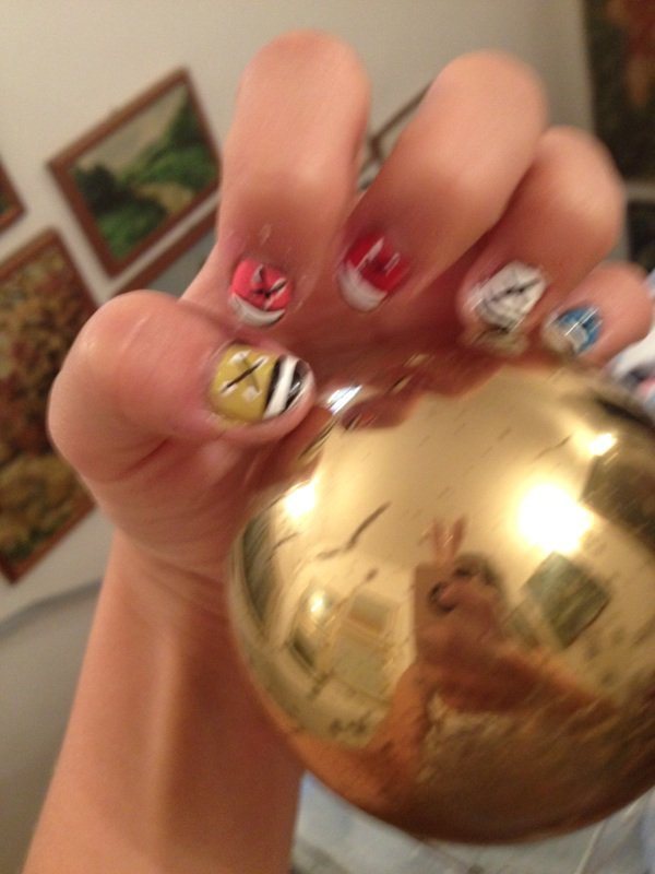 nail art converses