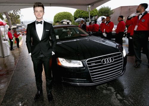 Chris avant hier à la 23rd Annual Elton John AIDS Foundation Academy Awards :)