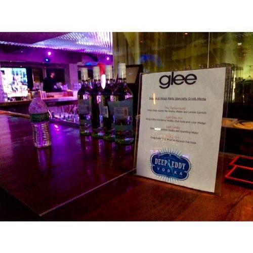 Pour fêter la fin de Glee rien de tel qu'une petite fête :)