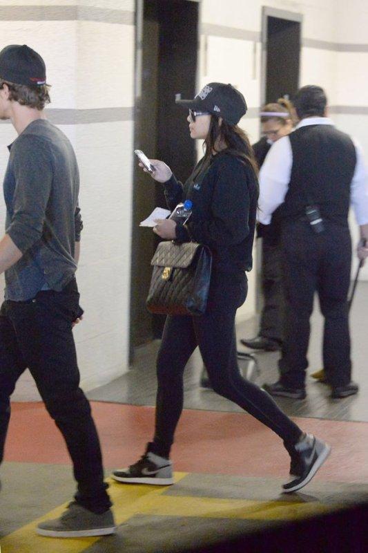 Naya et Ryan jeudi sortant du Cedars-Sinai Medical Center :)