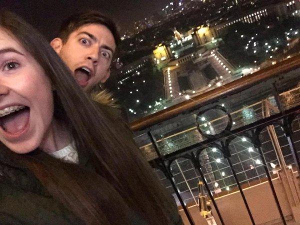 Kevin à la Tour Eiffel :)