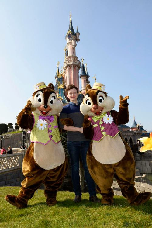 Chris a disneyland :D