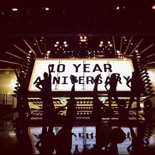 Amber sur le plateau de Dancing with the Stars pour l'émission spéciale des 10 ans :)
