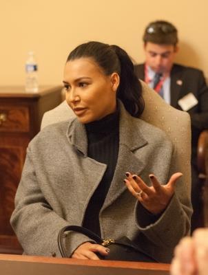 Naya était hier à une réunion dans le bureau du chef de la minorité du sénat, Harry Reid au Capitol. :)