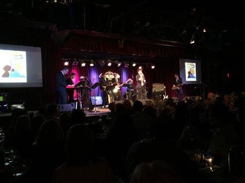 Darren avec Max Adler et James M. Iglehart ont chanté au A BroaderWay Foundation :)